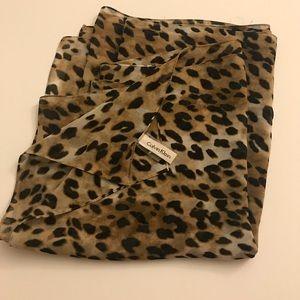 Calvin Klein Leopard Print Scarf ✅Make an OFFER✅